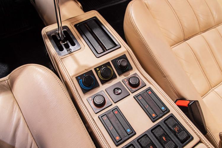 1986 Ferrari 328 GTS 37