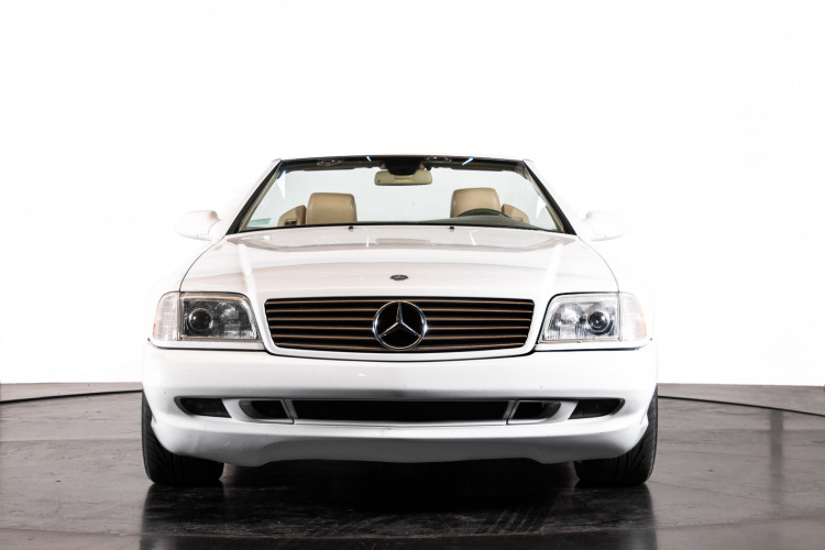 2000 Mercedes-Benz SL500 0