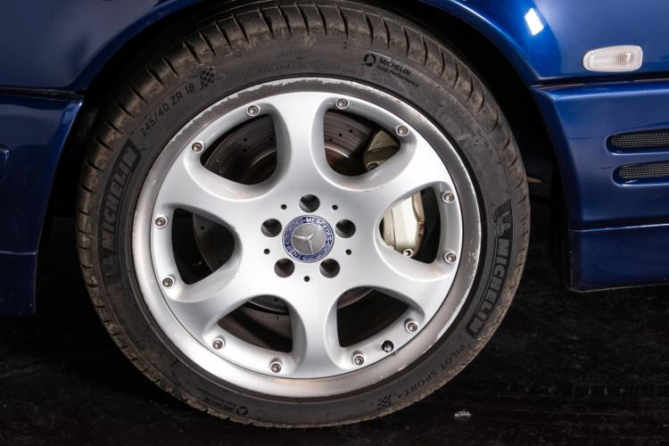 2000 Mercedes Benz SL500 Blue Edition 14