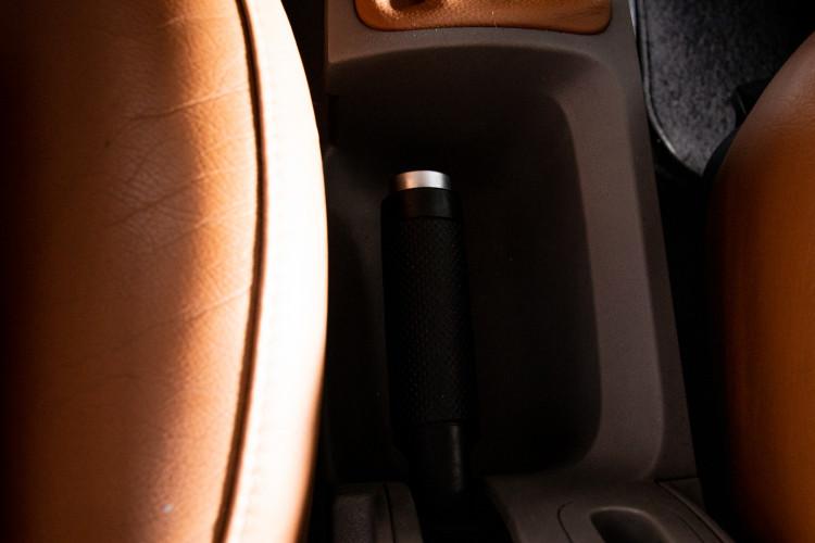 2004 Volkswagen New Beetle Cabriolet 29
