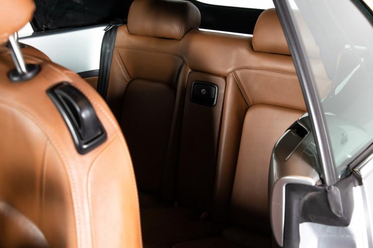 2004 Volkswagen New Beetle Cabriolet 38