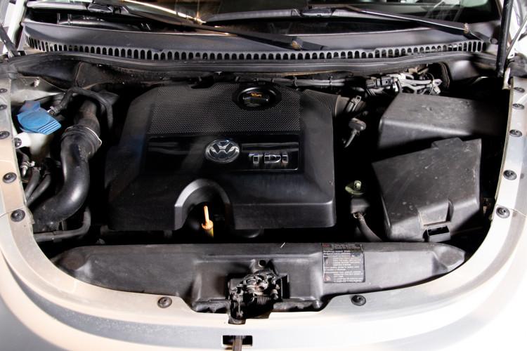 2004 Volkswagen New Beetle Cabriolet 41