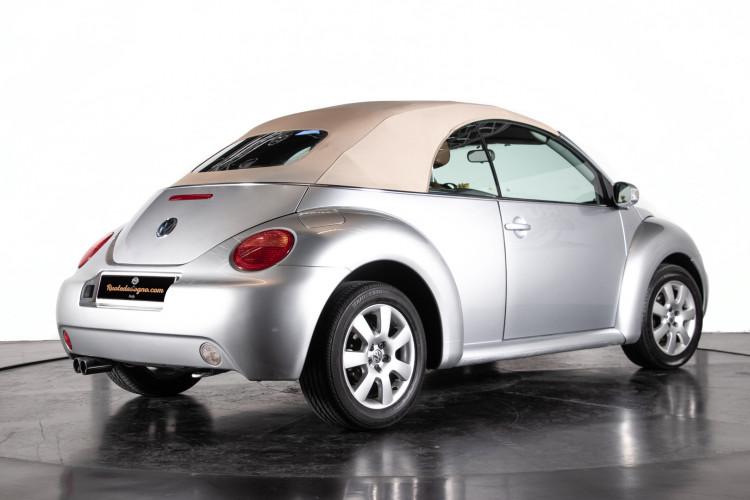 2004 Volkswagen New Beetle Cabriolet 4