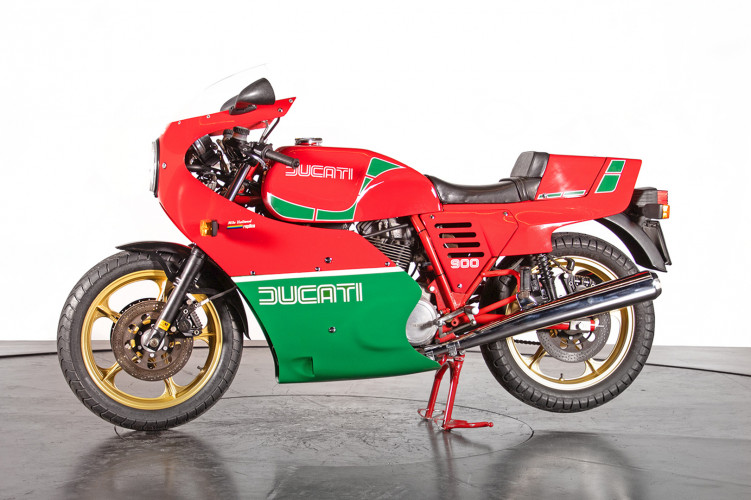 1983 Ducati 900 MIKE HAILWOOD REPLICA 0