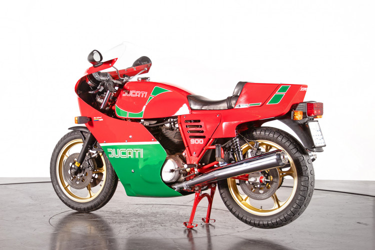 1983 Ducati 900 MIKE HAILWOOD REPLICA 7