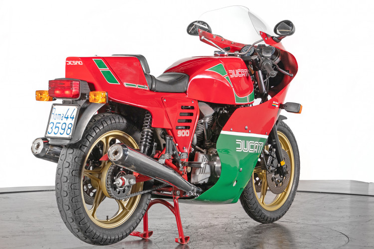 1983 Ducati 900 MIKE HAILWOOD REPLICA 5