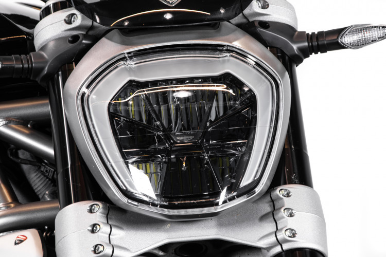 2016 Ducati X Diavel S 9