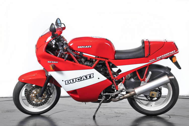 1990 Ducati 900 SuperSport 0