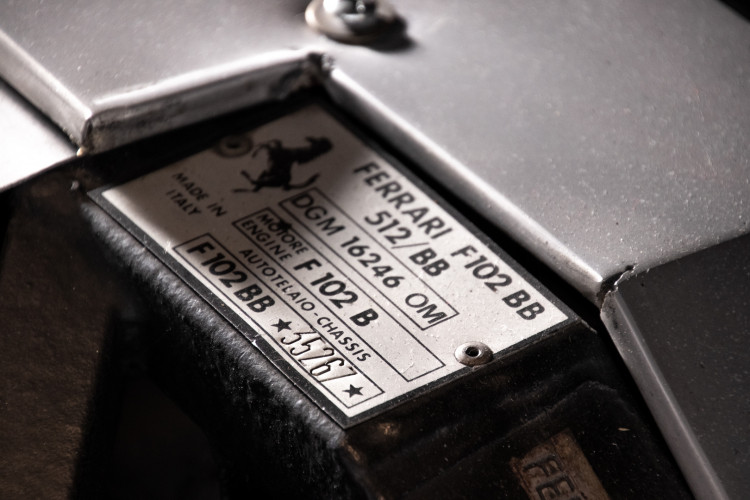 1981 ferrari 512 BB CARBURATORI 11