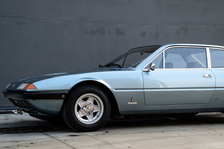 1975 Ferrari 365 GT4 2+2 12