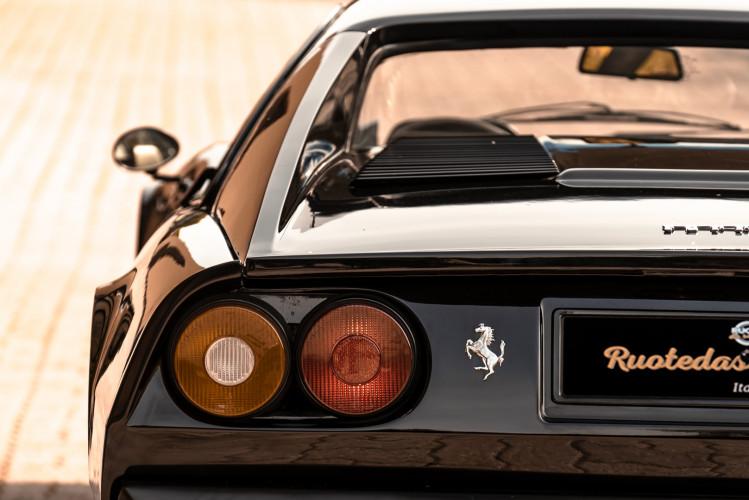 1980 Ferrari 208 GTB Carburatori 24