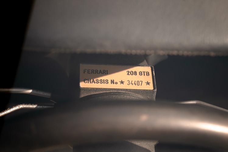 1980 Ferrari 208 GTB Carburatori 48