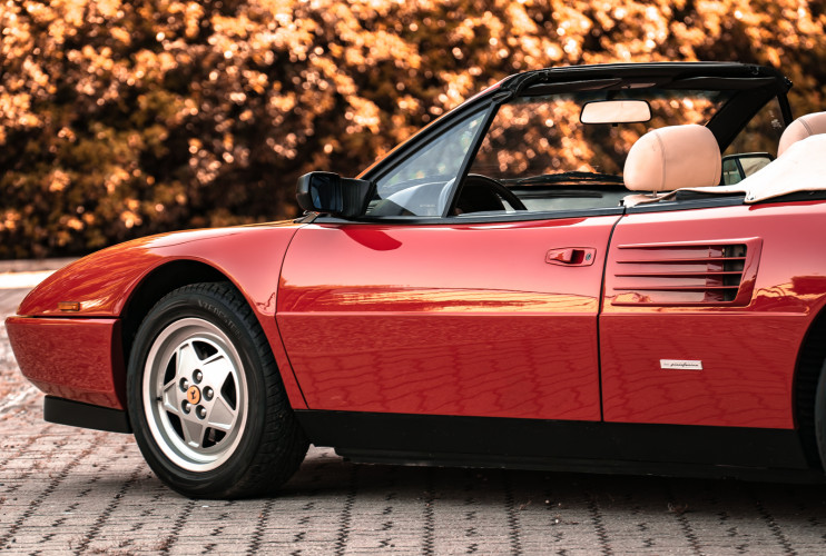 1990 Ferrari Mondial 3.4 T Cabriolet 13