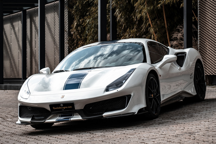 2020 Ferrari 488 Pista 29