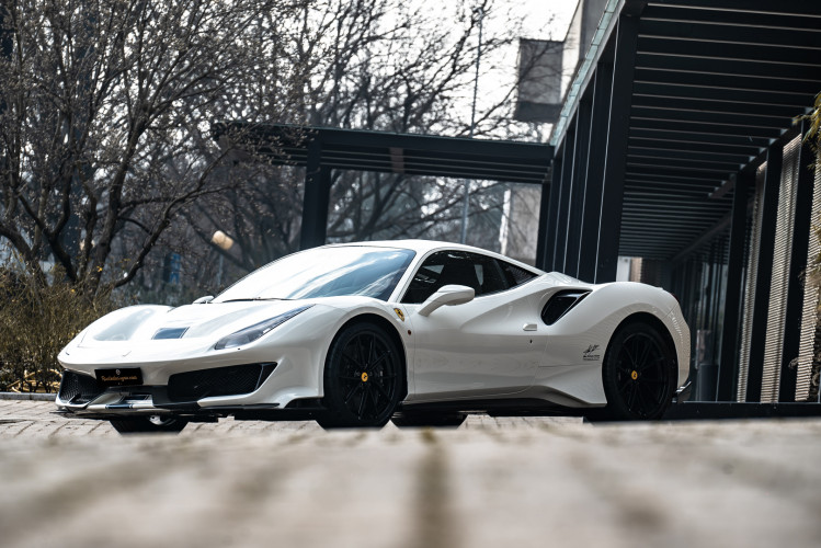 2020 Ferrari 488 Pista 32