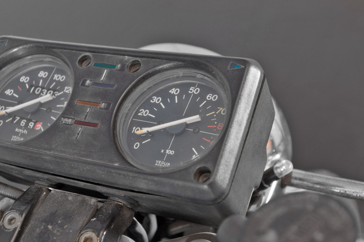 1976 Moto Guzzi 250 2C 2T 9