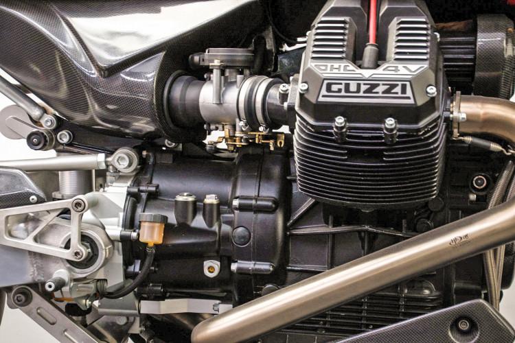 2009 Moto Guzzi MGS-01 11