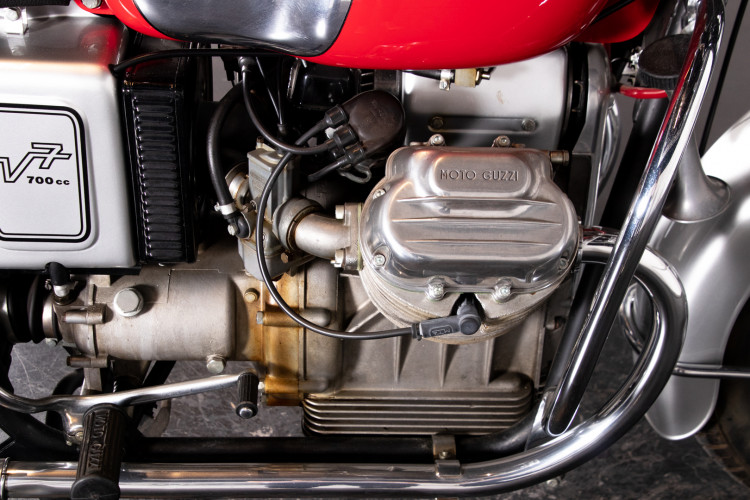 1969 MOTO GUZZI V7 VS 12