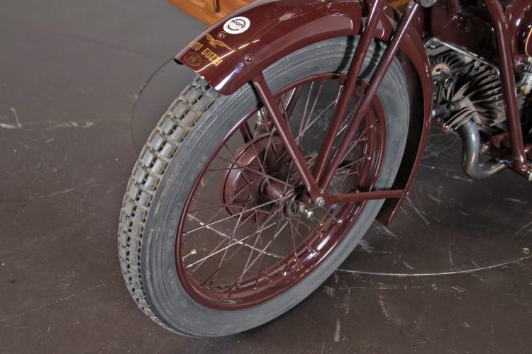 1932 Moto Guzzi Sport 15 Moto Carro 16