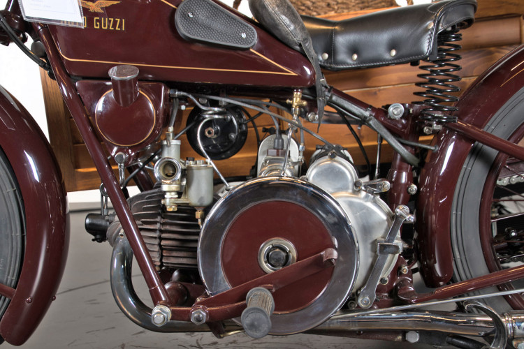 1932 Moto Guzzi Sport 15 Moto Carro 14