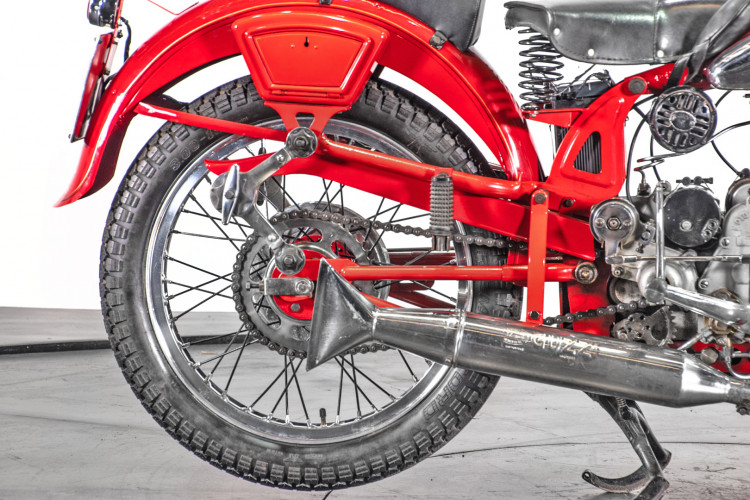 1950 Moto Guzzi 250 11