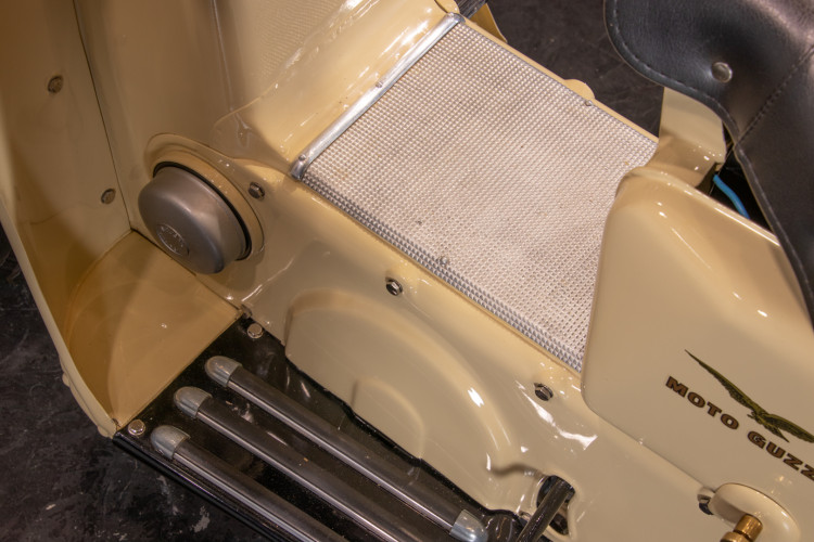 1953 Moto Guzzi Galletto 175 10