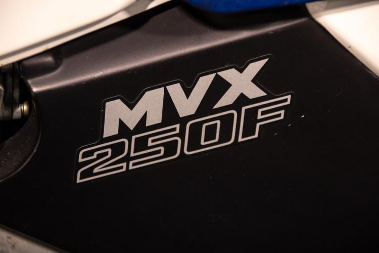 1983 Honda MVX 250F 22