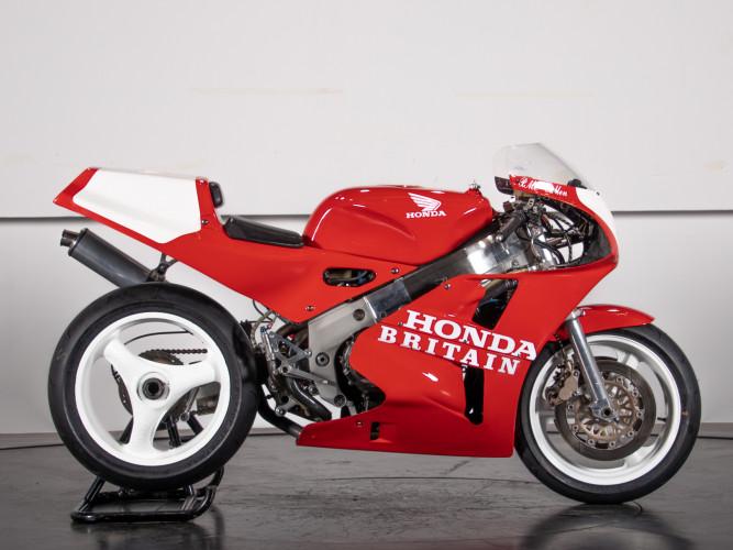 1988 Honda RC 30 DA CORSA 3
