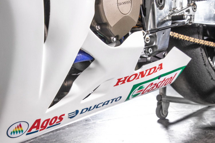 2011 Honda CBR 1000 RR Gresini Racing 17