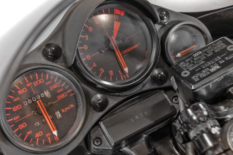 1984 Honda VF1000R 11