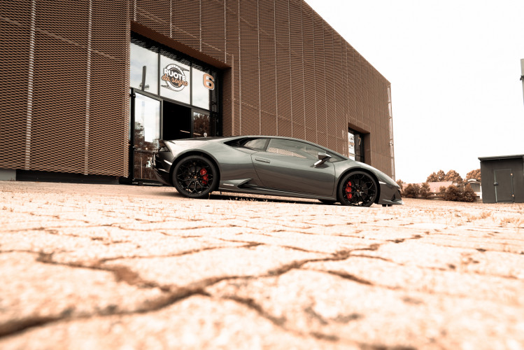 2021 Lamborghini Huracan EVO 8