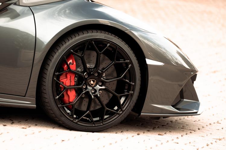 2021 Lamborghini Huracan EVO 19