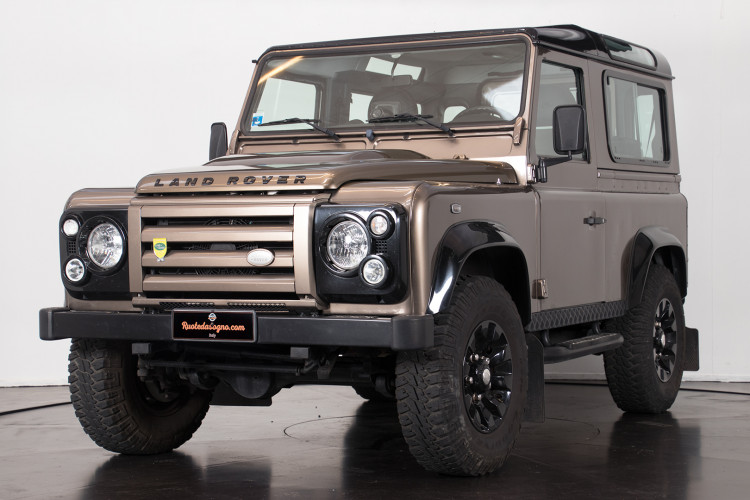 "2013 Land Rover DEFENDER ""limited edition"" 0"