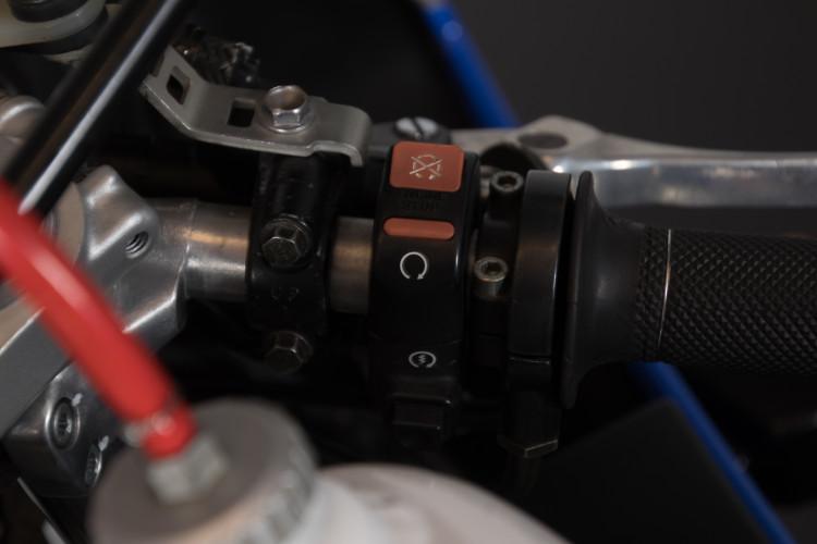 1992 Honda RC 30 9