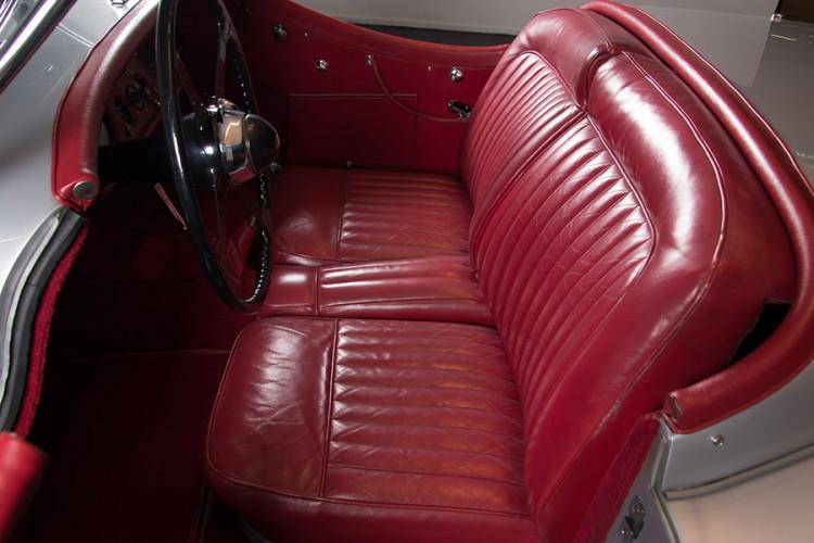 1951 Jaguar XK120 O.T.S. 18