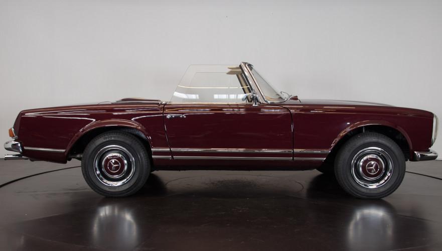 1963 Mercedes-Benz 230 SL 3