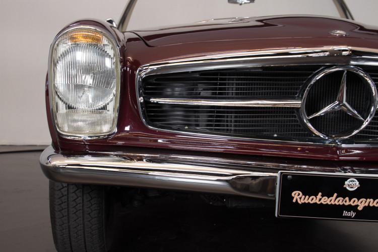 1963 Mercedes-Benz 230 SL 23