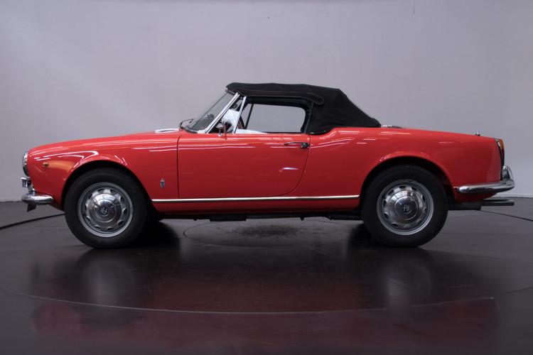 1964 Alfa Romeo Giulia 1600 Spider 3