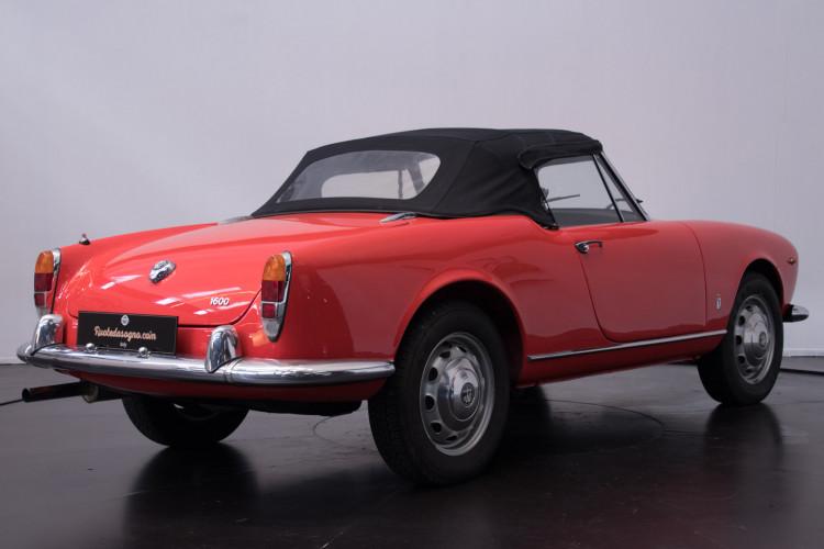 1964 Alfa Romeo Giulia 1600 Spider 4