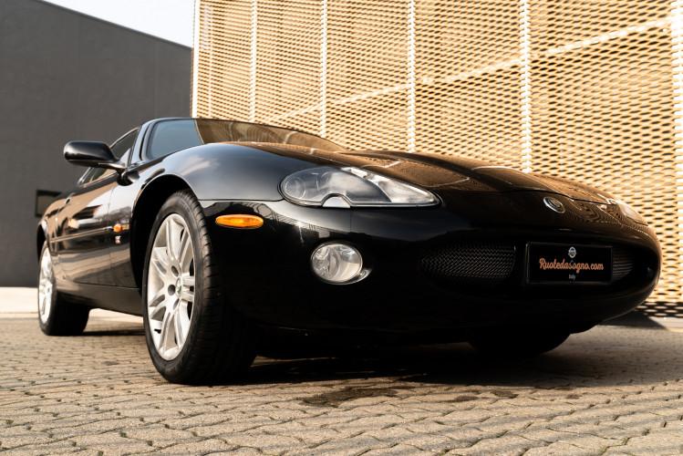 2002 Jaguar 4.2 XKR Coupé 9