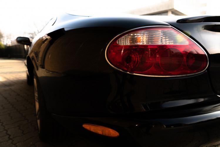2002 Jaguar 4.2 XKR Coupé 16