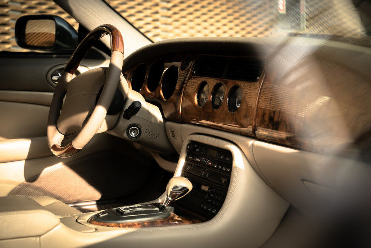 2002 Jaguar 4.2 XKR Coupé 18