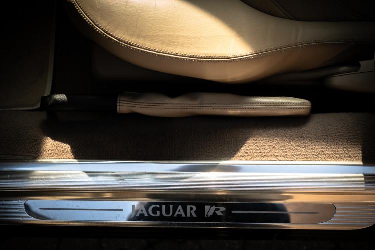 2002 Jaguar 4.2 XKR Coupé 31