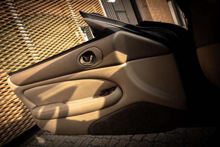 2002 Jaguar 4.2 XKR Coupé 44
