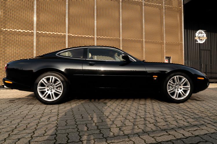 2002 Jaguar 4.2 XKR Coupé 5