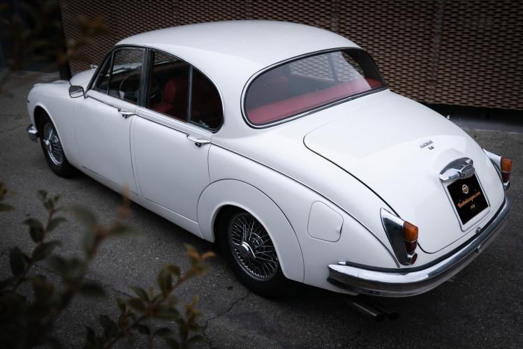 1962 JAGUAR MK2 3.8 8