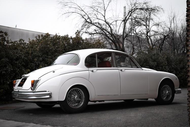 1962 JAGUAR MK2 3.8 6