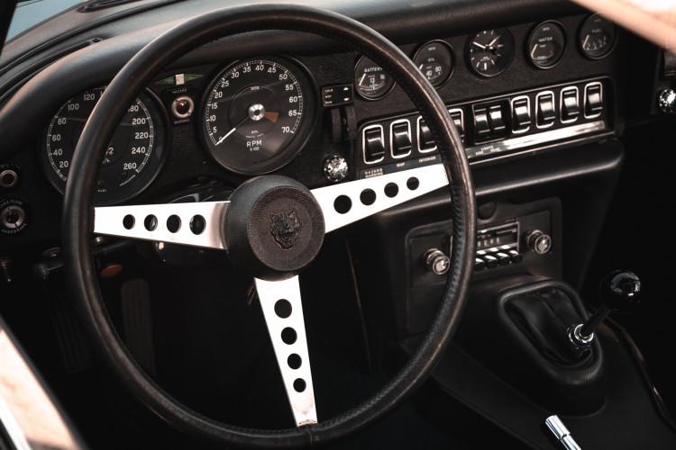 1971 Jaguar E-Type V12 Coupé 37