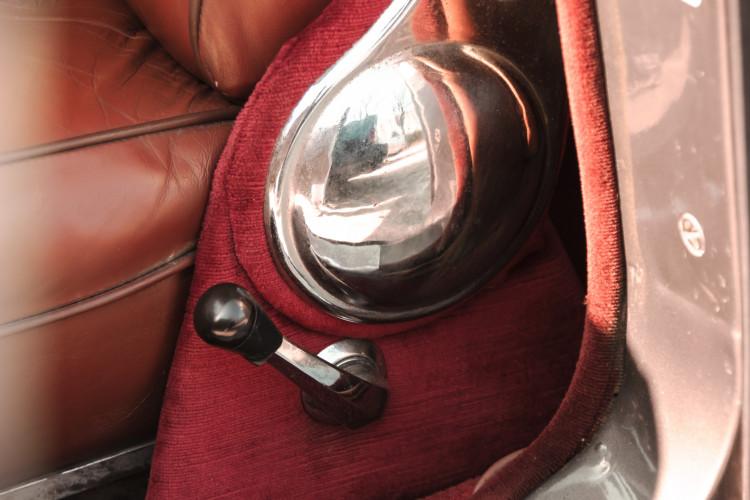 1961 Jaguar MK2 3.8 23