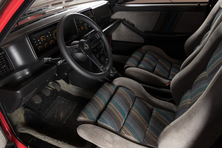1987 Lancia Delta HF 4WD 11